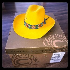 Charlie Horse yellow beaded band cowgirl hat 7 1/8